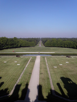 L'ombre du château et la perspective sur le Cosson et le Parc
